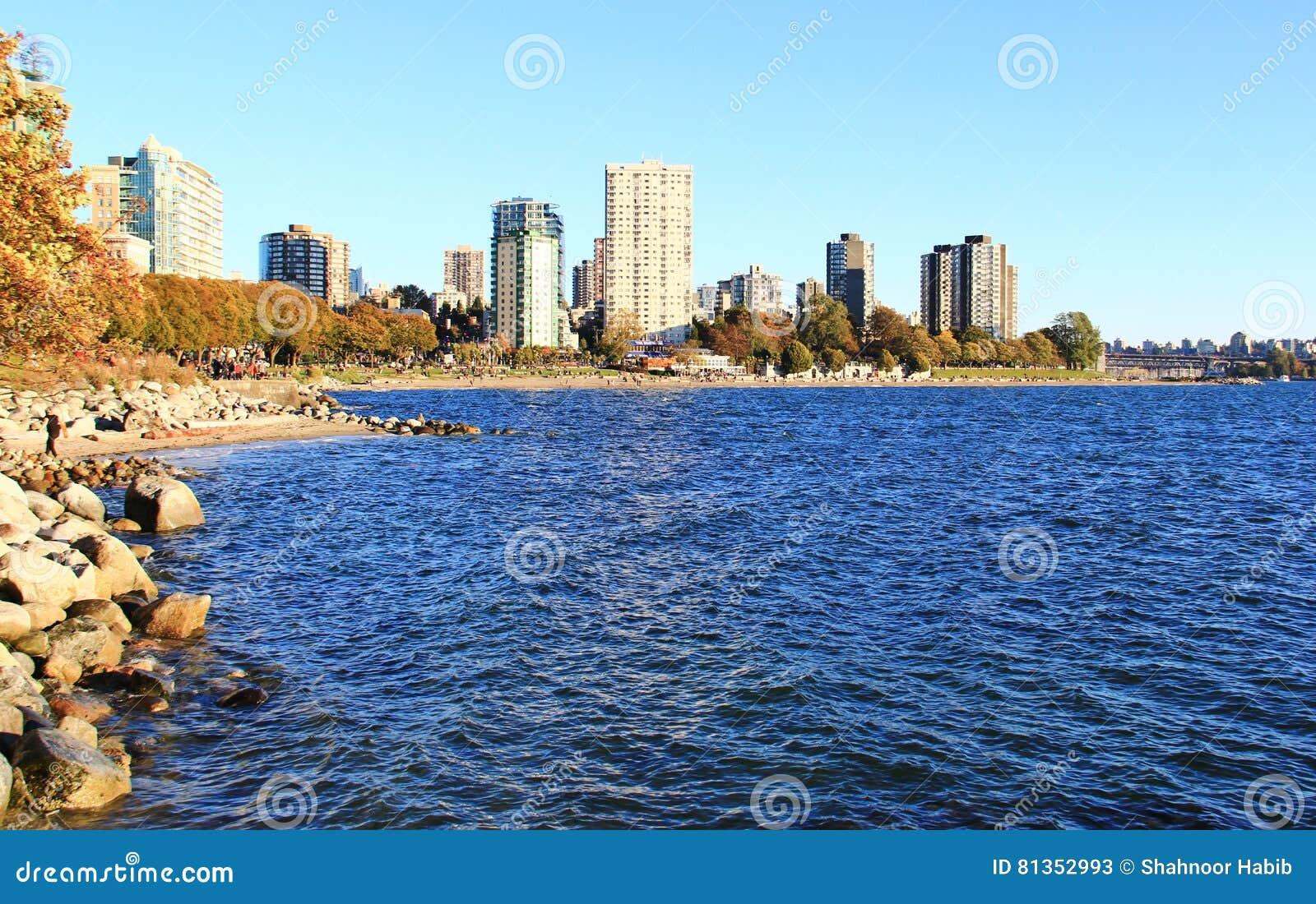 Océano Pacífico de la bahía inglesa, Vancouver céntrica, Columbia Británica