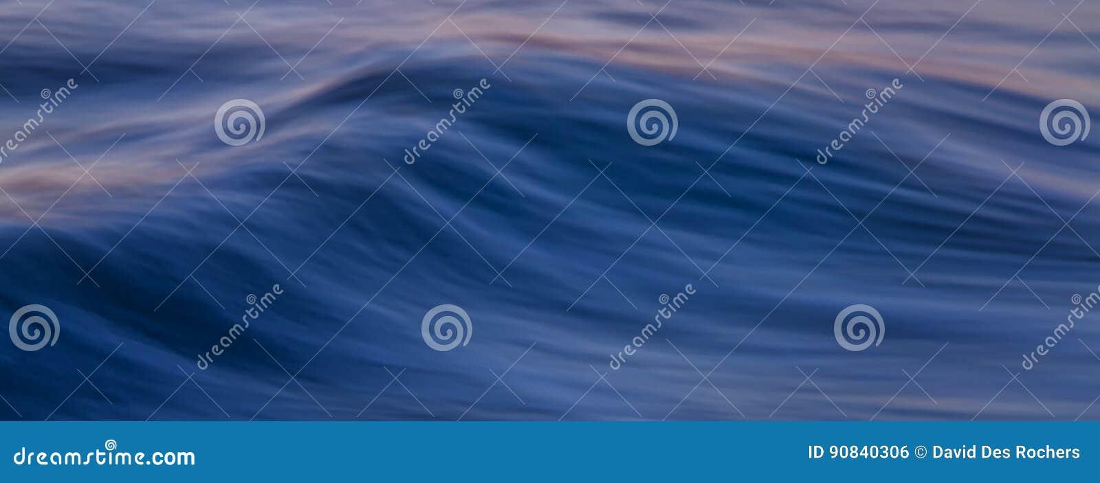 Ocean fala sztandar