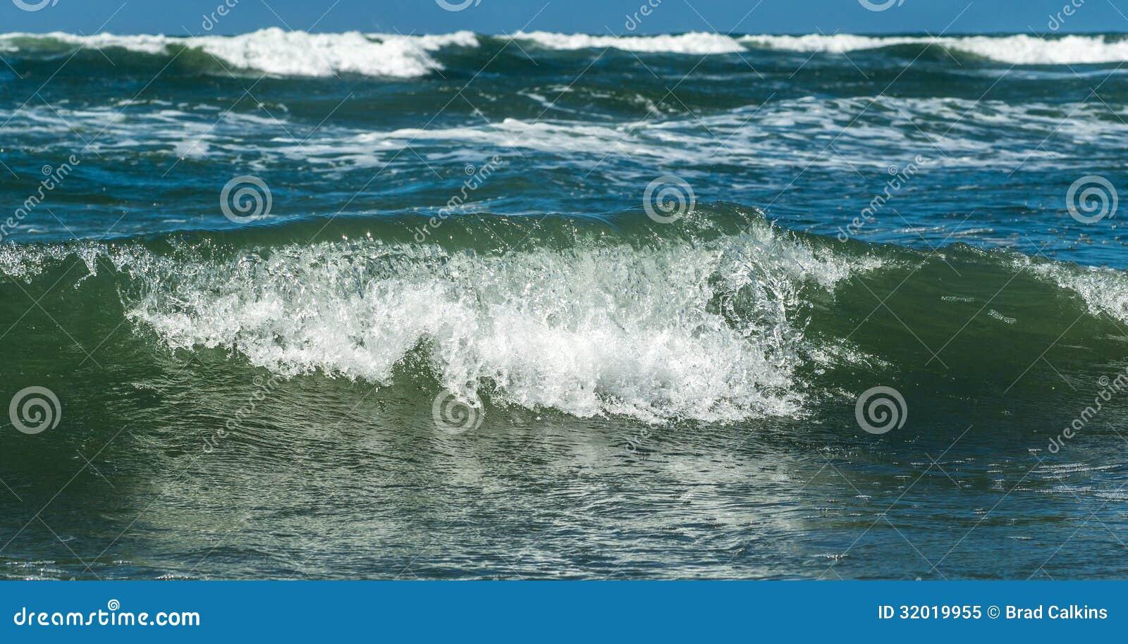 Ocean Wave Royalty Free Stock Photo - Image: 32019955 Pacific Ocean Water
