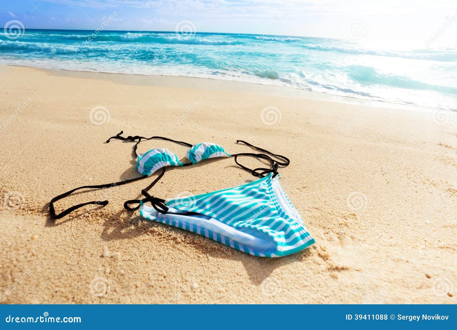 ocean and women swimsuit stock photo image 39411088 yacht clip art pic yacht clip art photos