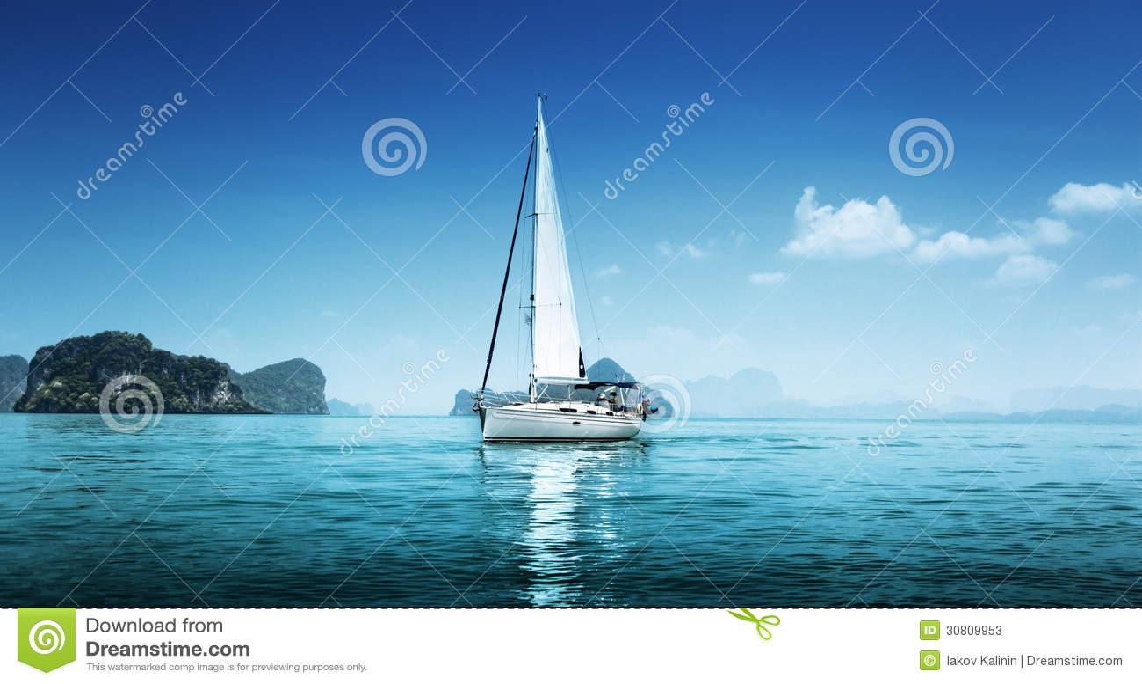 Oceano da água azul