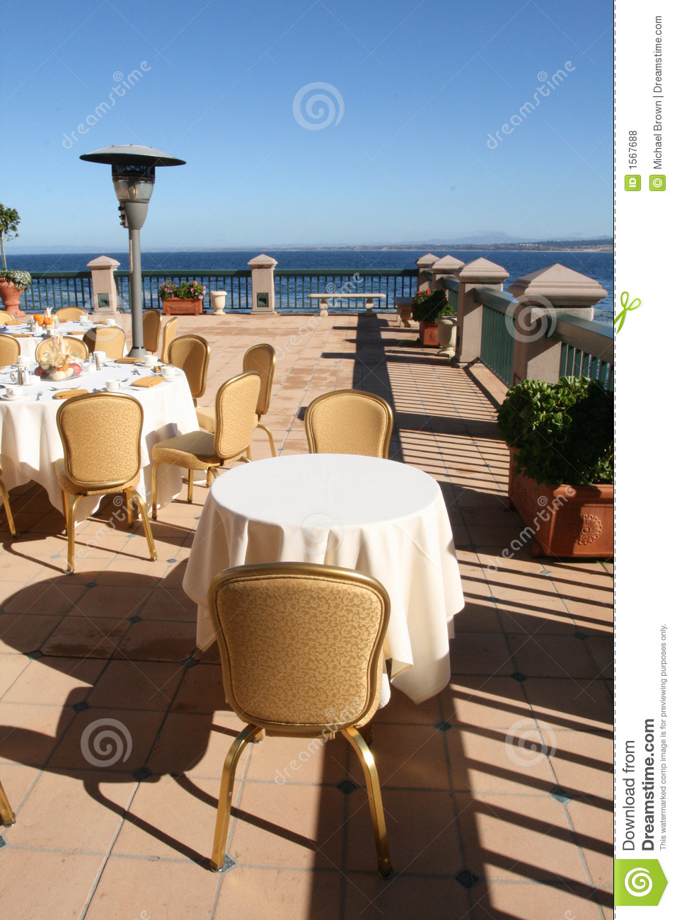 Oceanside Cafe Stock Photo Image Of Tablecloths Restaurant 1567688