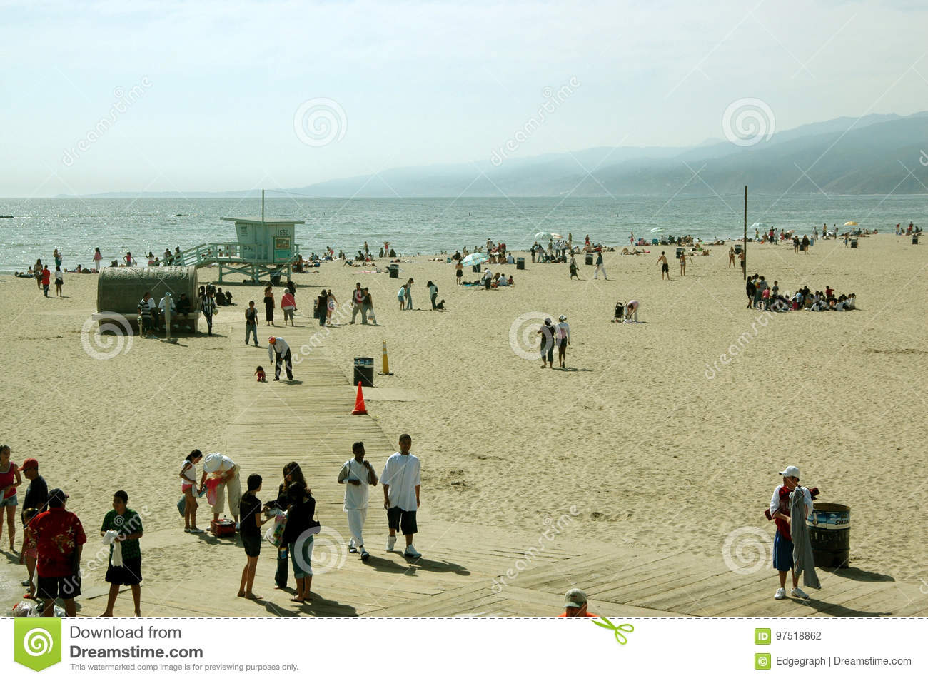 Ocio en la playa, Santa Monica Beach, California, los E.E.U.U.