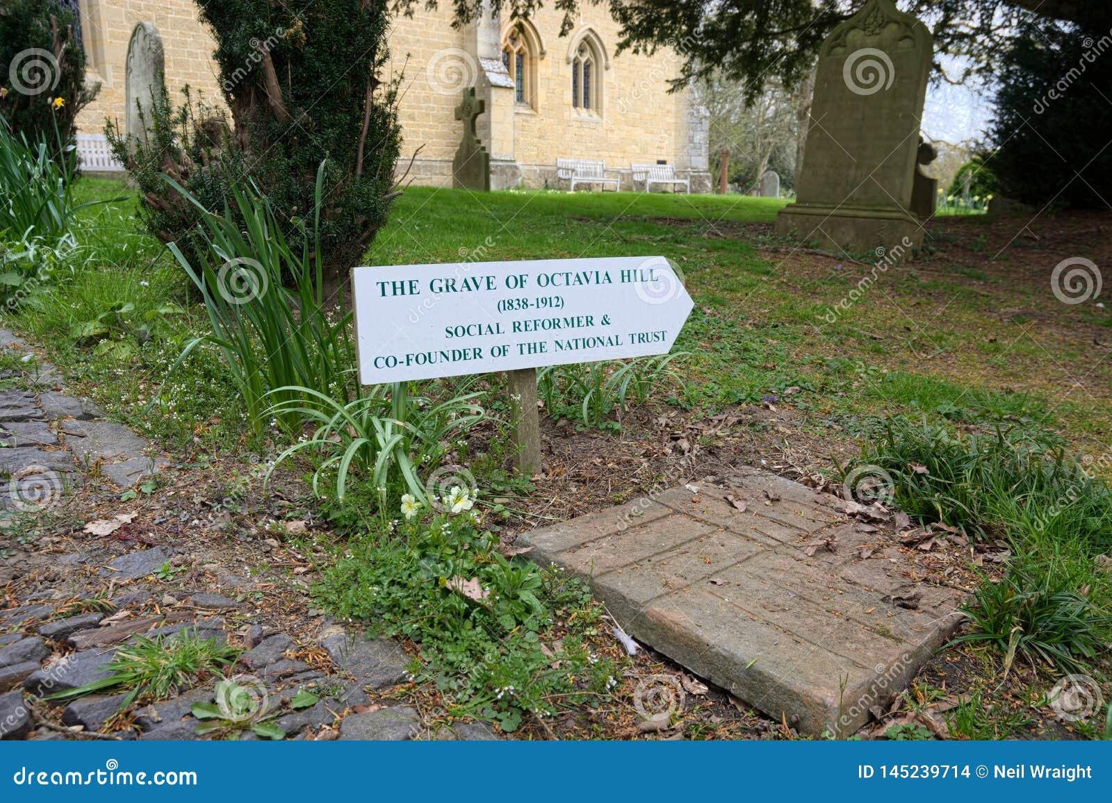 Octavia Hill Sinal ao local de enterro & à lápide Monte de Crockham , UKwelfare