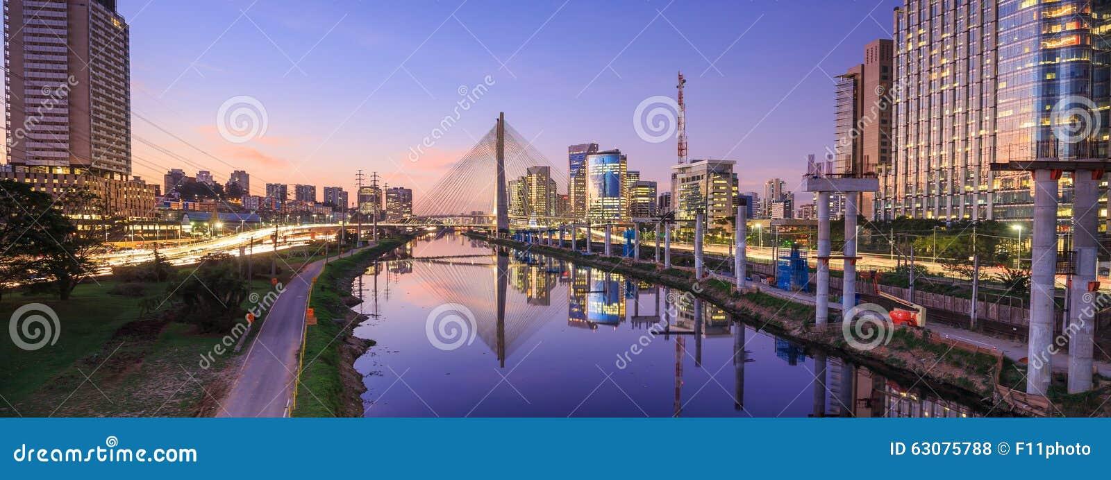 Download Octavio Frias De Oliveira Bridge Dans Le Sao Paulo Brazil Photo stock - Image du ciel, futuriste: 63075788
