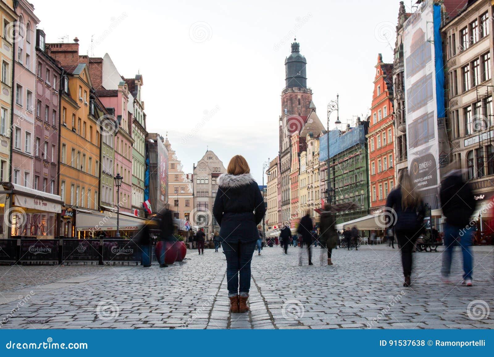 22 octobre 2016 Wroclaw, Pologne Femme avec elle de nouveau au Ca