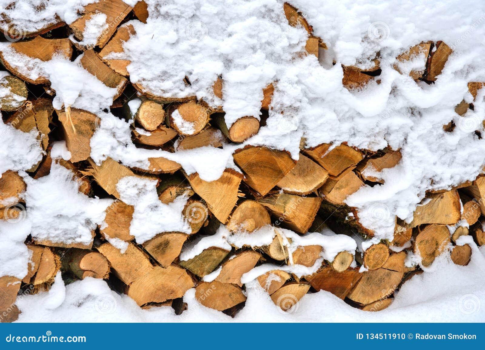 Odłupany drewno