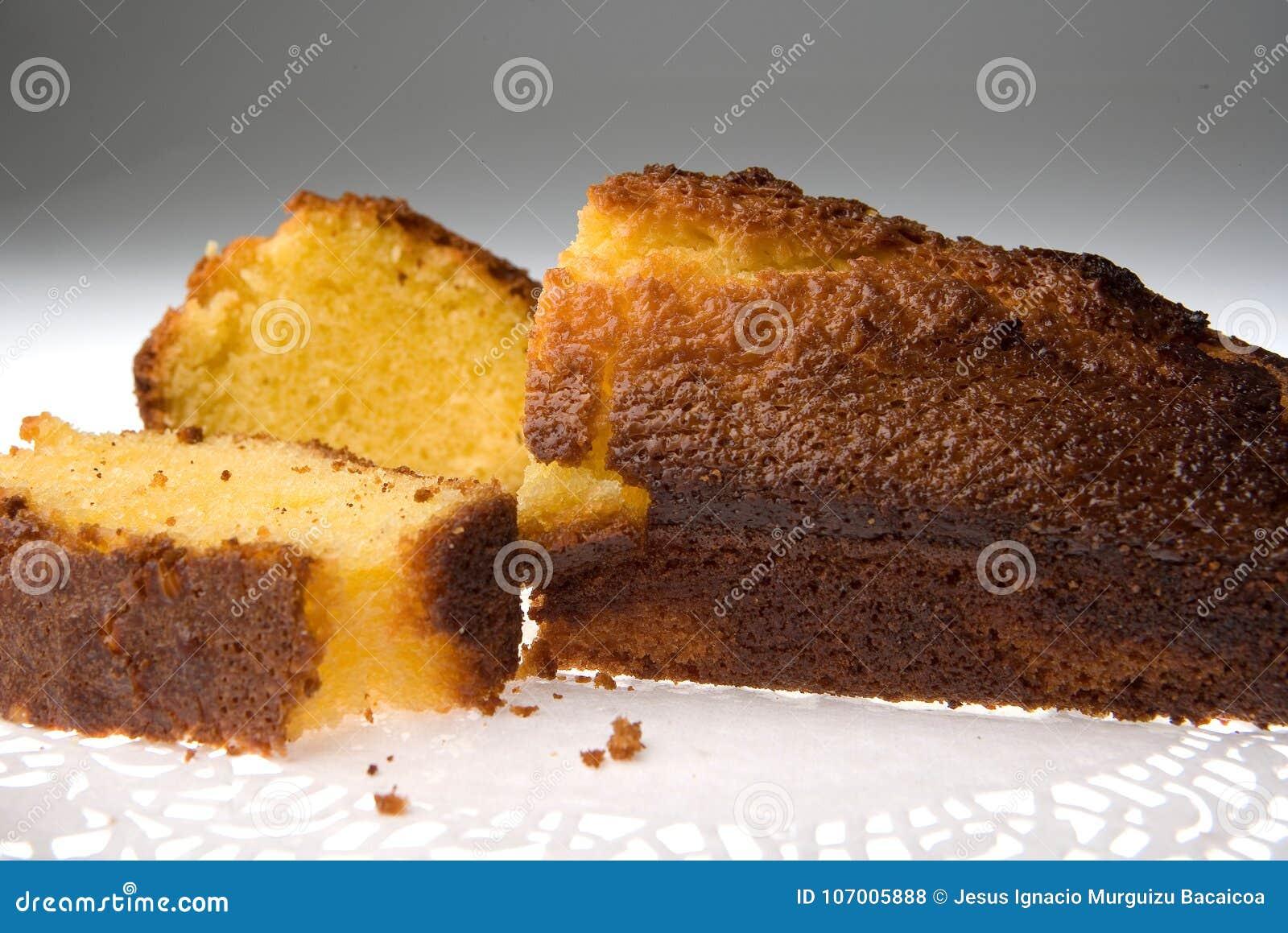 Odłupany tort 1