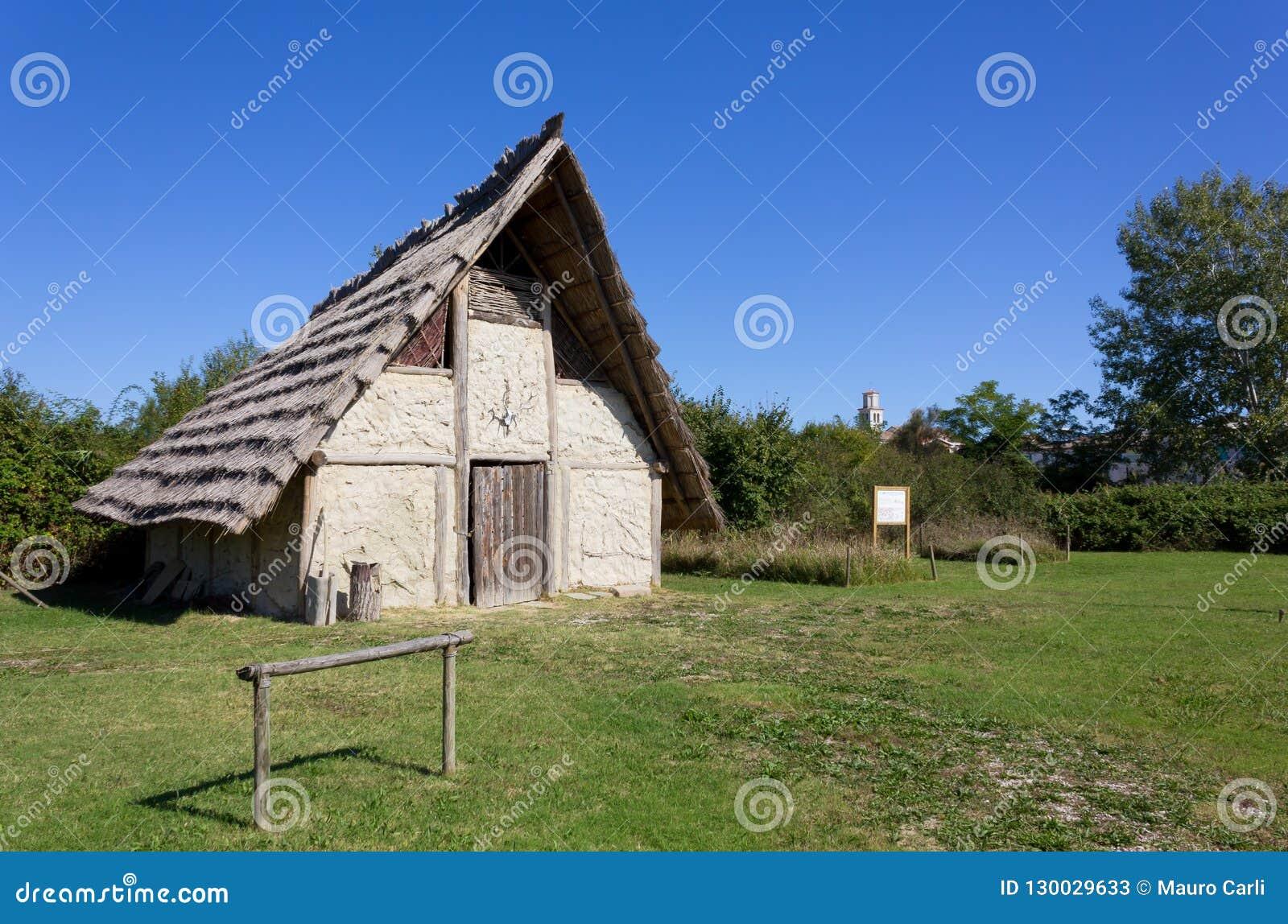 Odbudowa Neolityczny dom