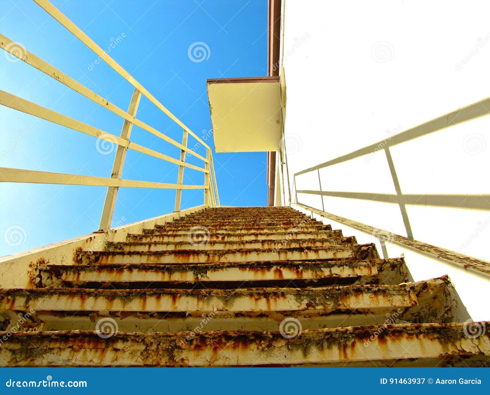 Oddolny schody
