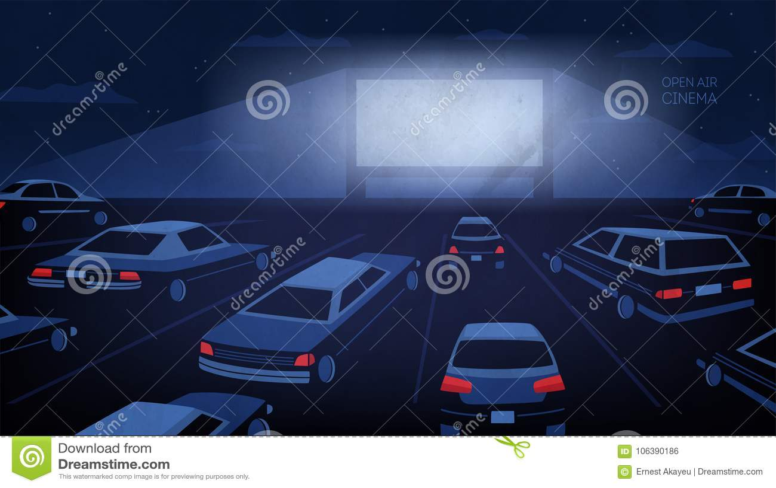 Oder des Autokinos Theater des Freilichts, im Freien nachts Große Kinoleinwand, die in die Dunkelheit umgeben durch Autos gegen g