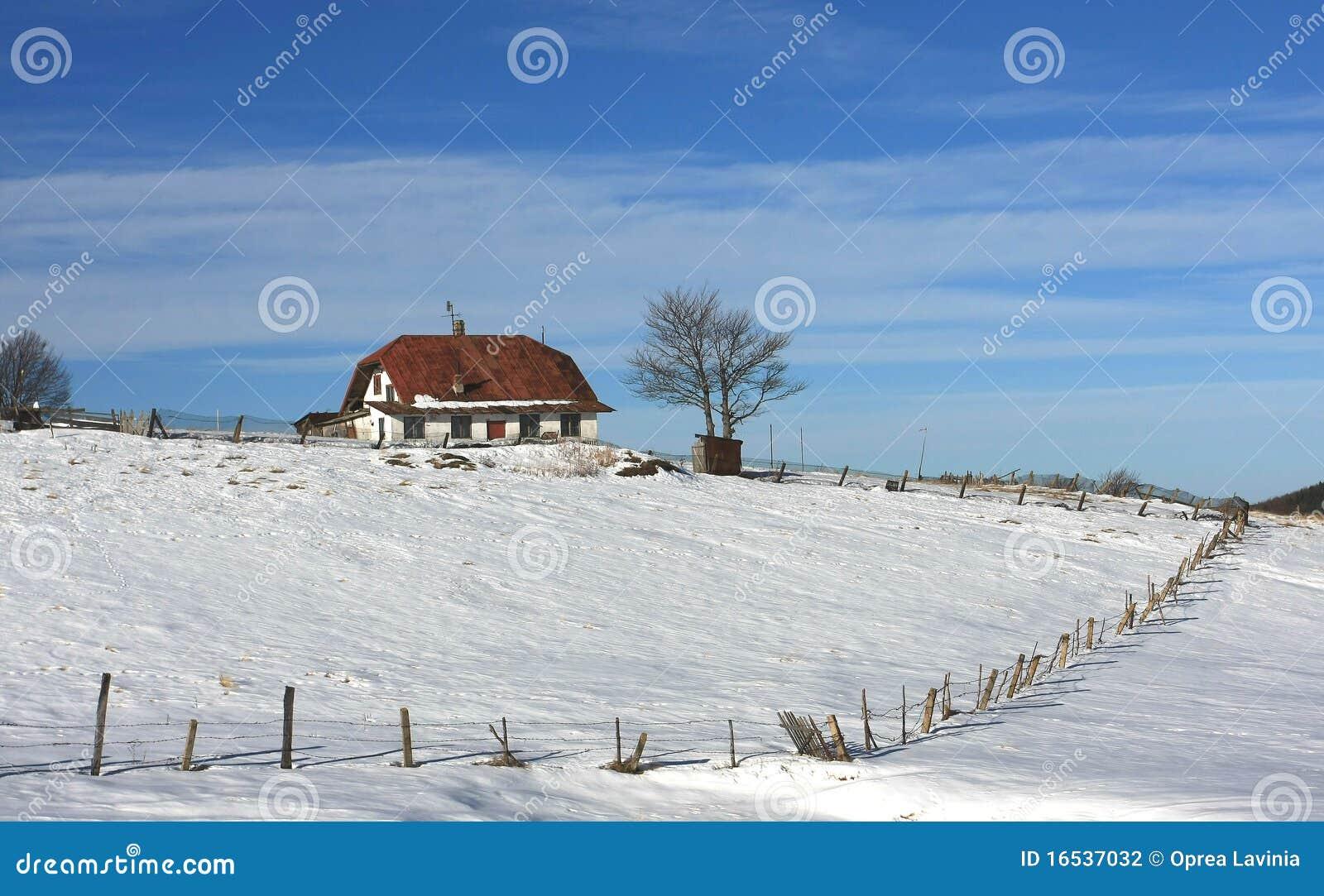 Odosobniona dom góra