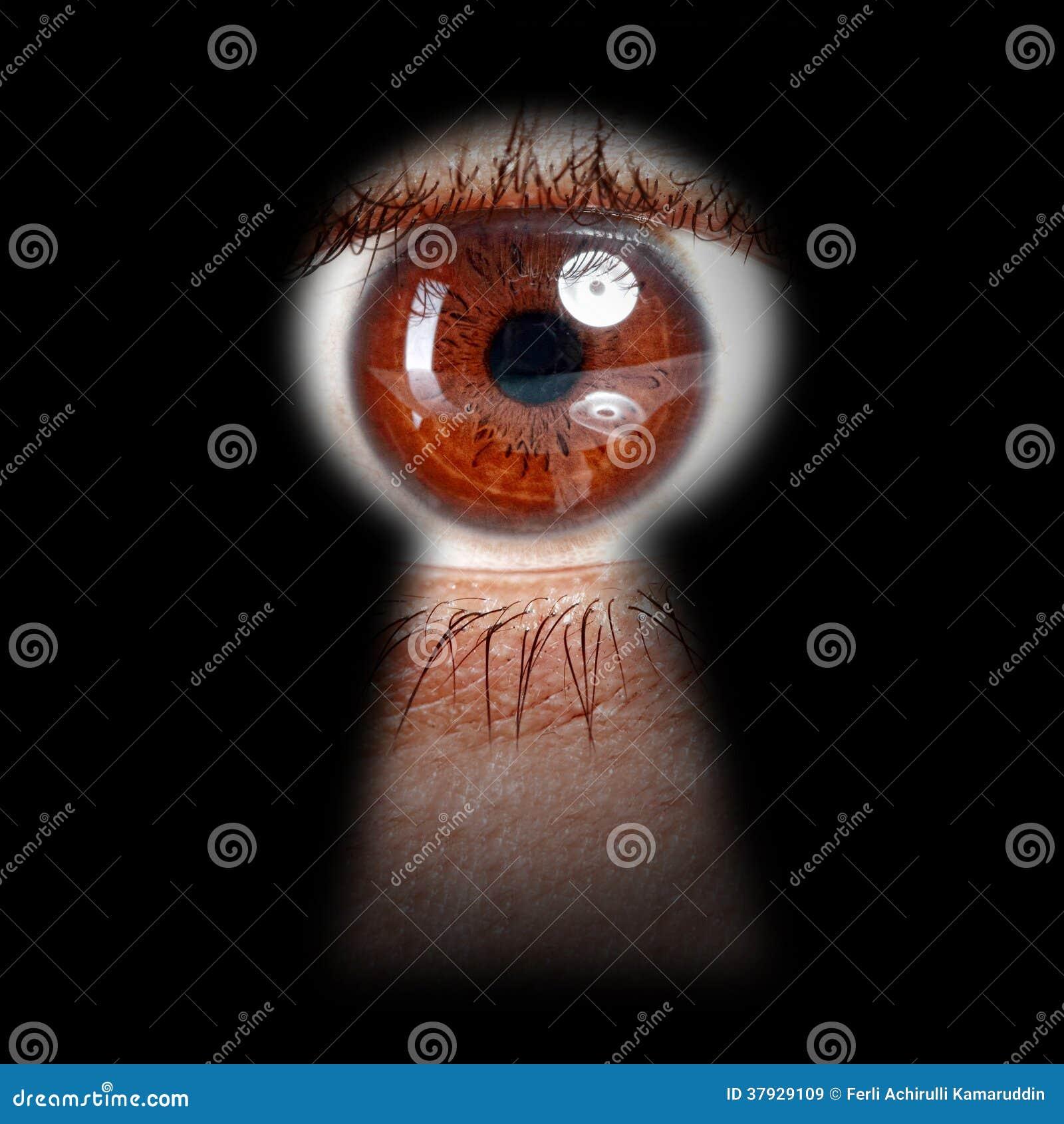 Oeil jetant un coup d 39 oeil par un trou de la serrure images libres de droits image 37929109 - Coup d oeil telemoustique ...