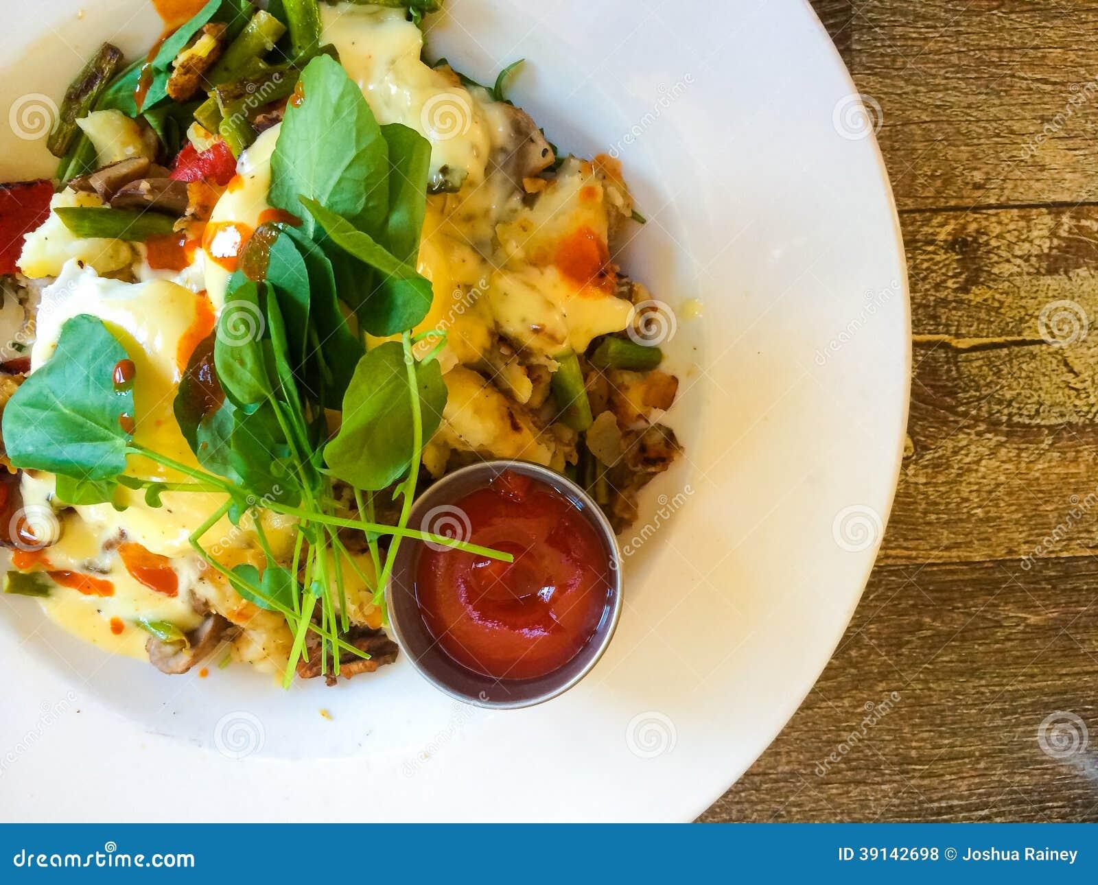 Oeufs Benedict Breakfast Plate