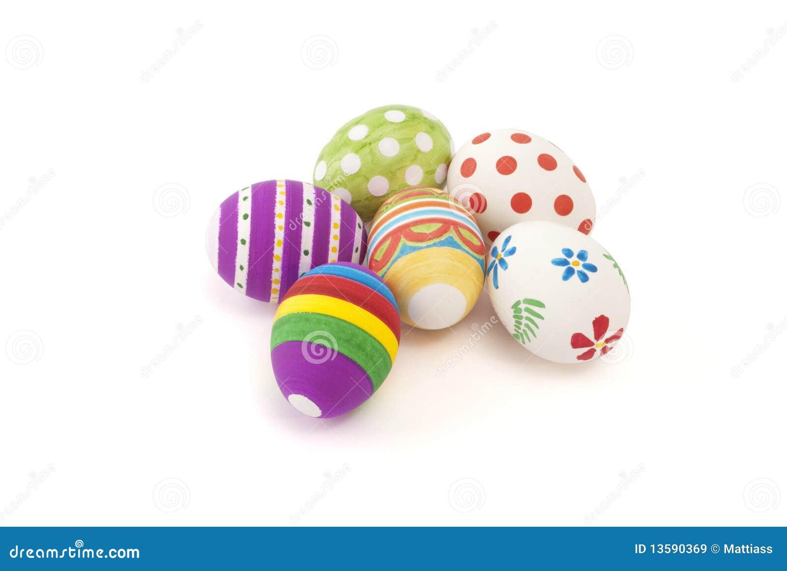 Oeufs de pâques peints à la main
