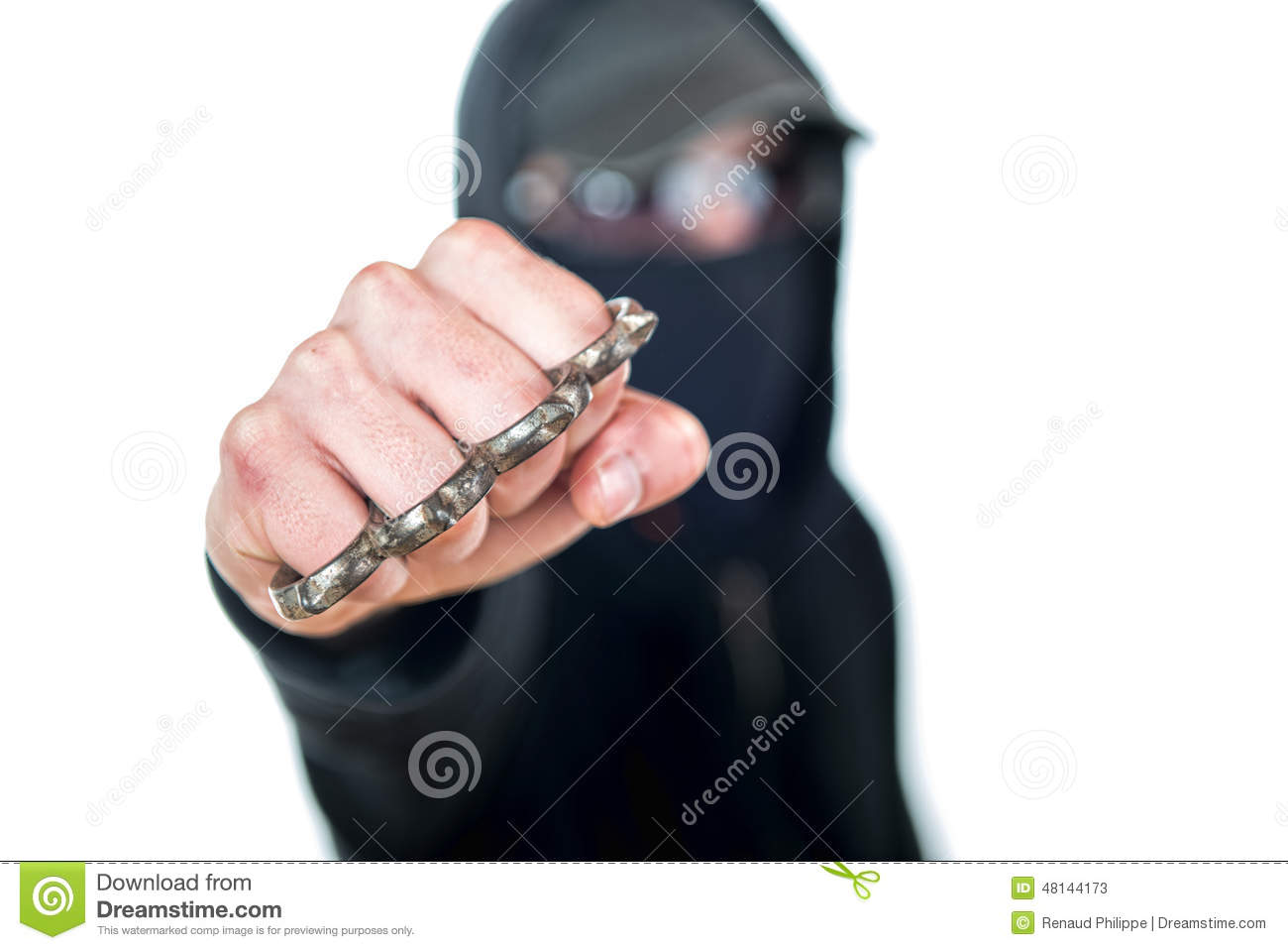 An offender with Brass knuckles