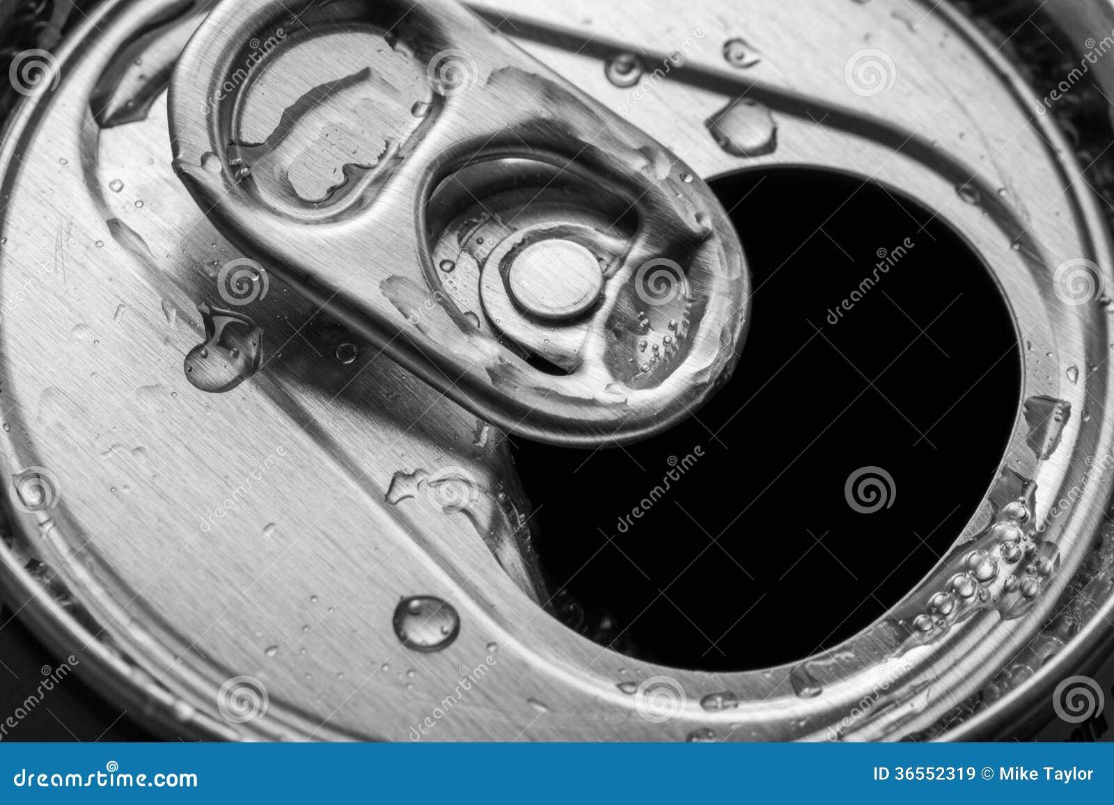 Offene Getränke können stockbild. Bild von behälter, abschluß - 36552319