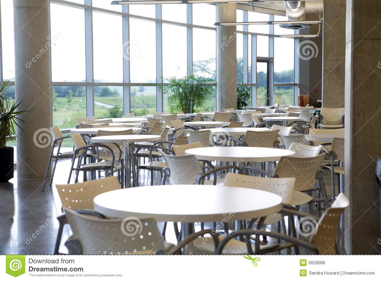 Clean cafeteria tables - Office Cafeteria Office Cafeteria With Centered Table R
