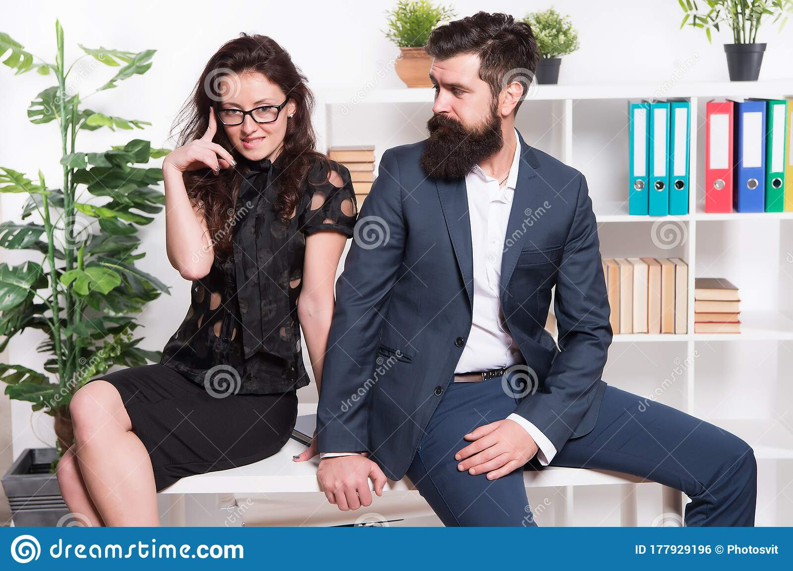 Dating Man Manager Company
