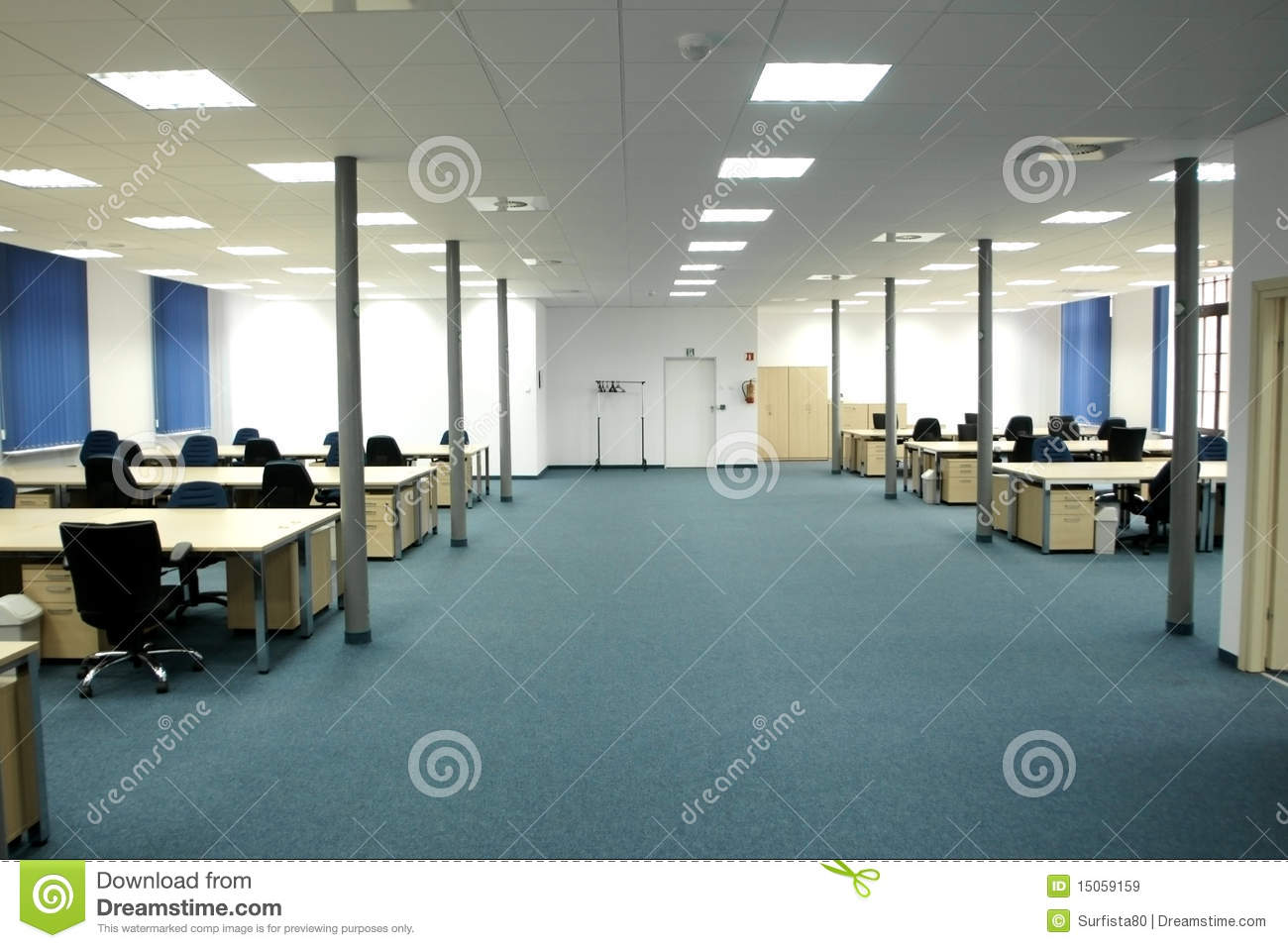 Office interior modern empty open space office stock for Open space office