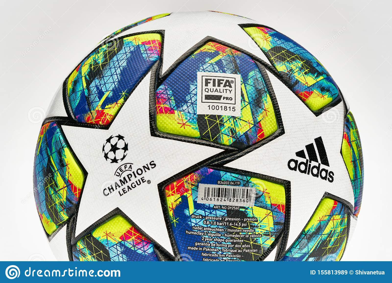 official match ball of uefa champions league season 2019 2020 editorial stock image image of olimpiysky ball 155813989 https www dreamstime com official match ball uefa champions league season kyiv ukraine august close up studio shot plain background image155813989