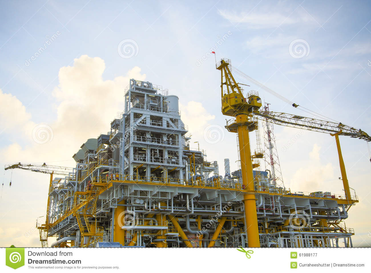 offshore oil and gas industry Twi's experience in the onshore and offshore oil and gas industries includes  expertise in: structural integrity, materials selection, corrosion, non-destructive.