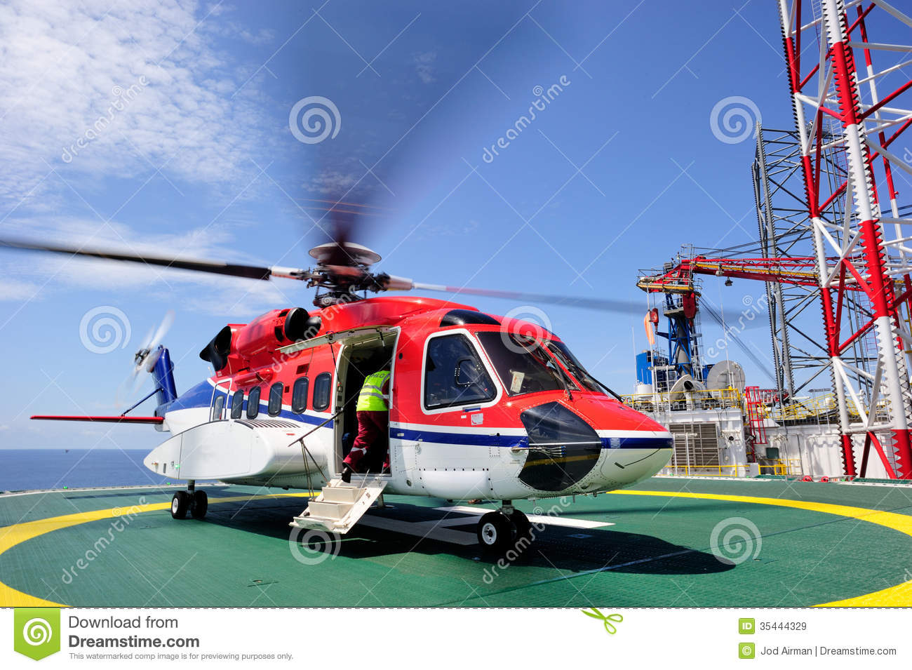 An Offshore Helicopter On The Helideck Royalty Free Stock Images  Image 354
