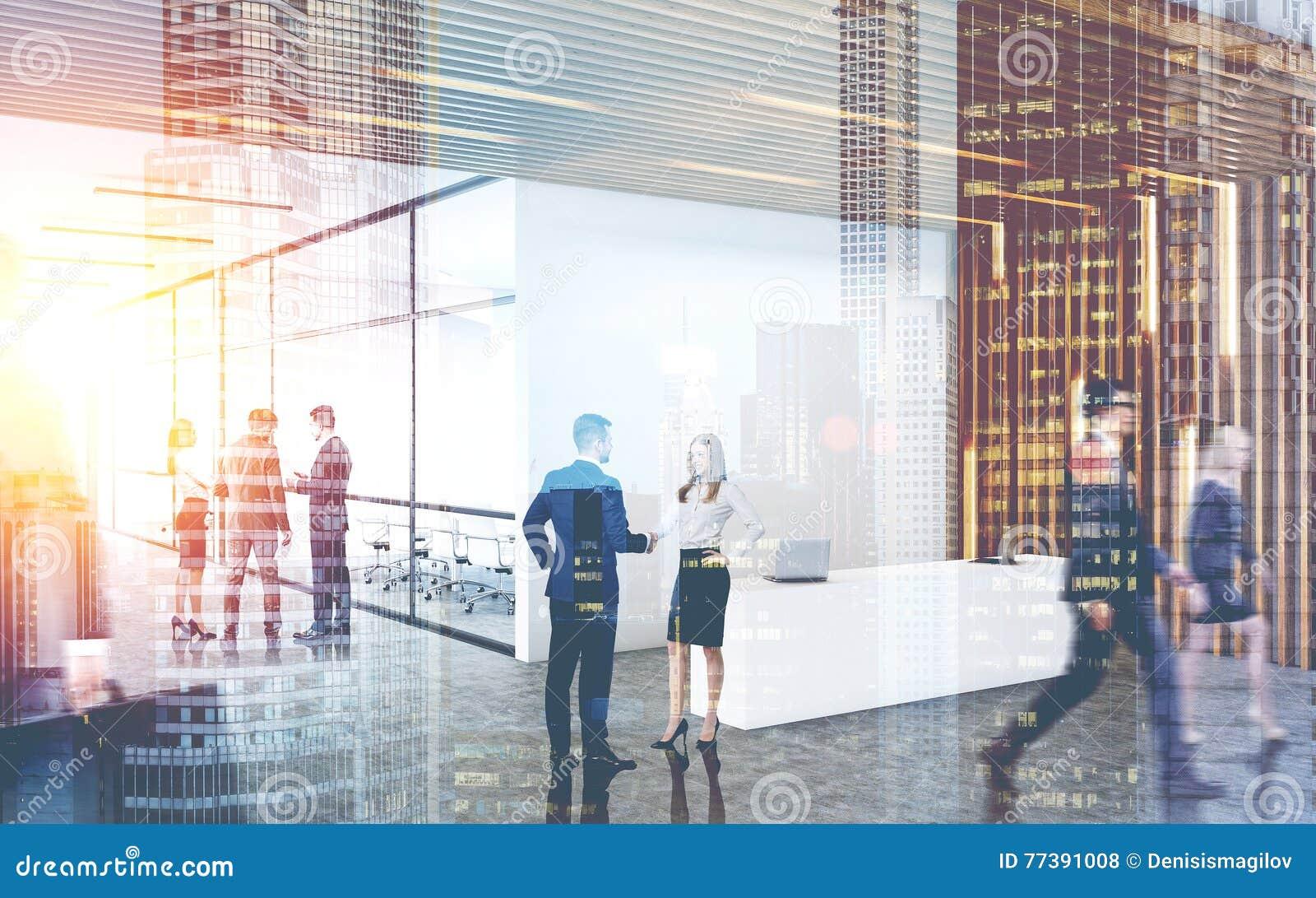 Oficina grande de la compañía