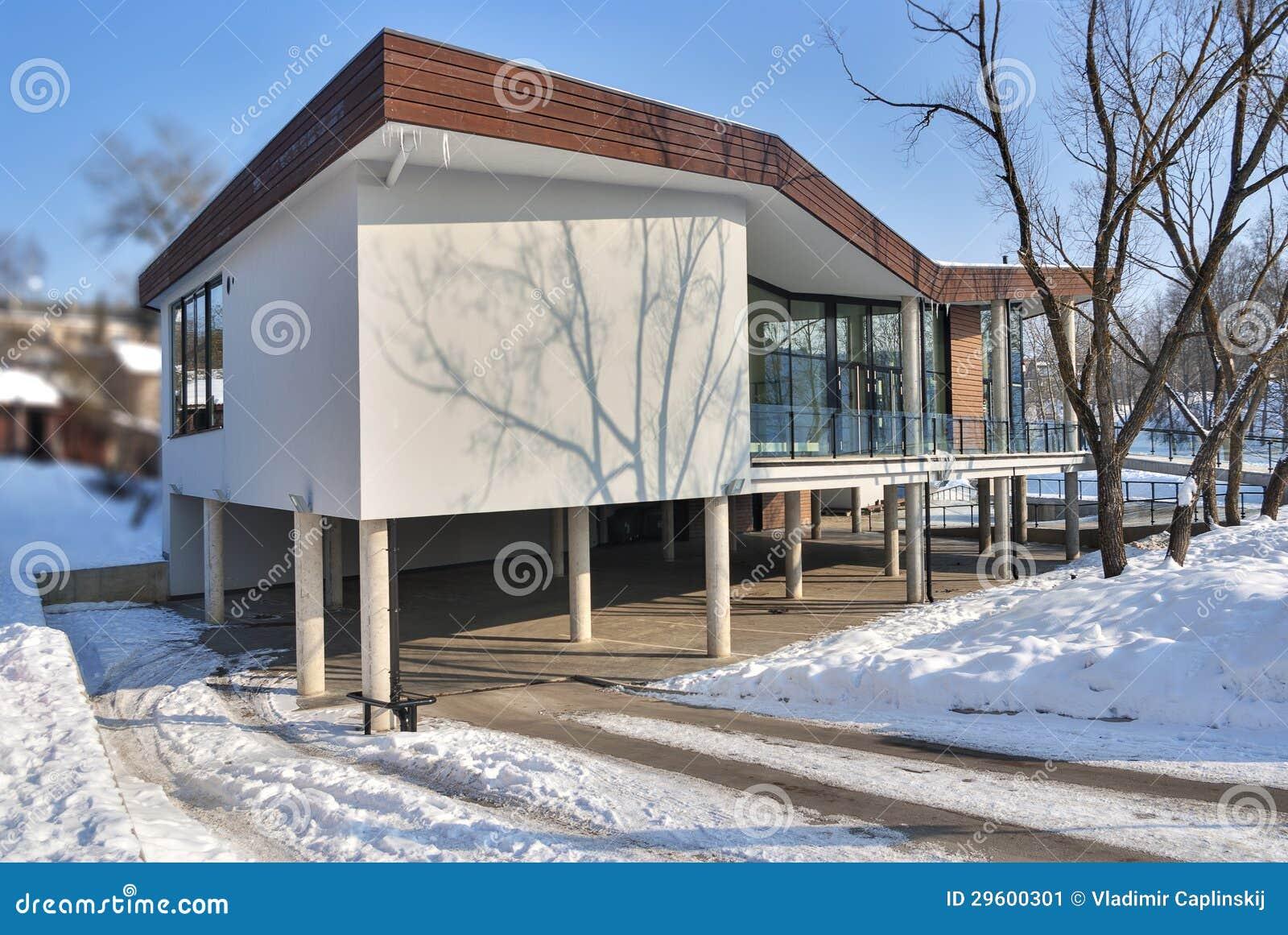 Oficina moderna exterior imagen de archivo imagen 29600301 for Exterior oficinas