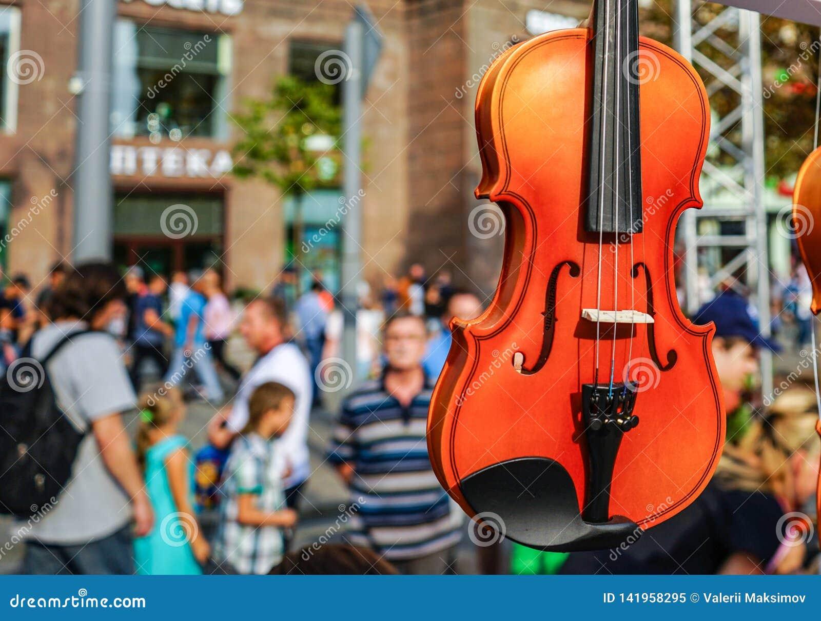 Oficina para a produção e o reparo dos violinos
