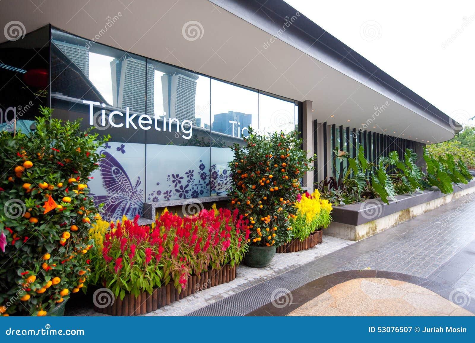Oficina que marca para los jardines por la bah a singapur for Jardines pequenos para oficina