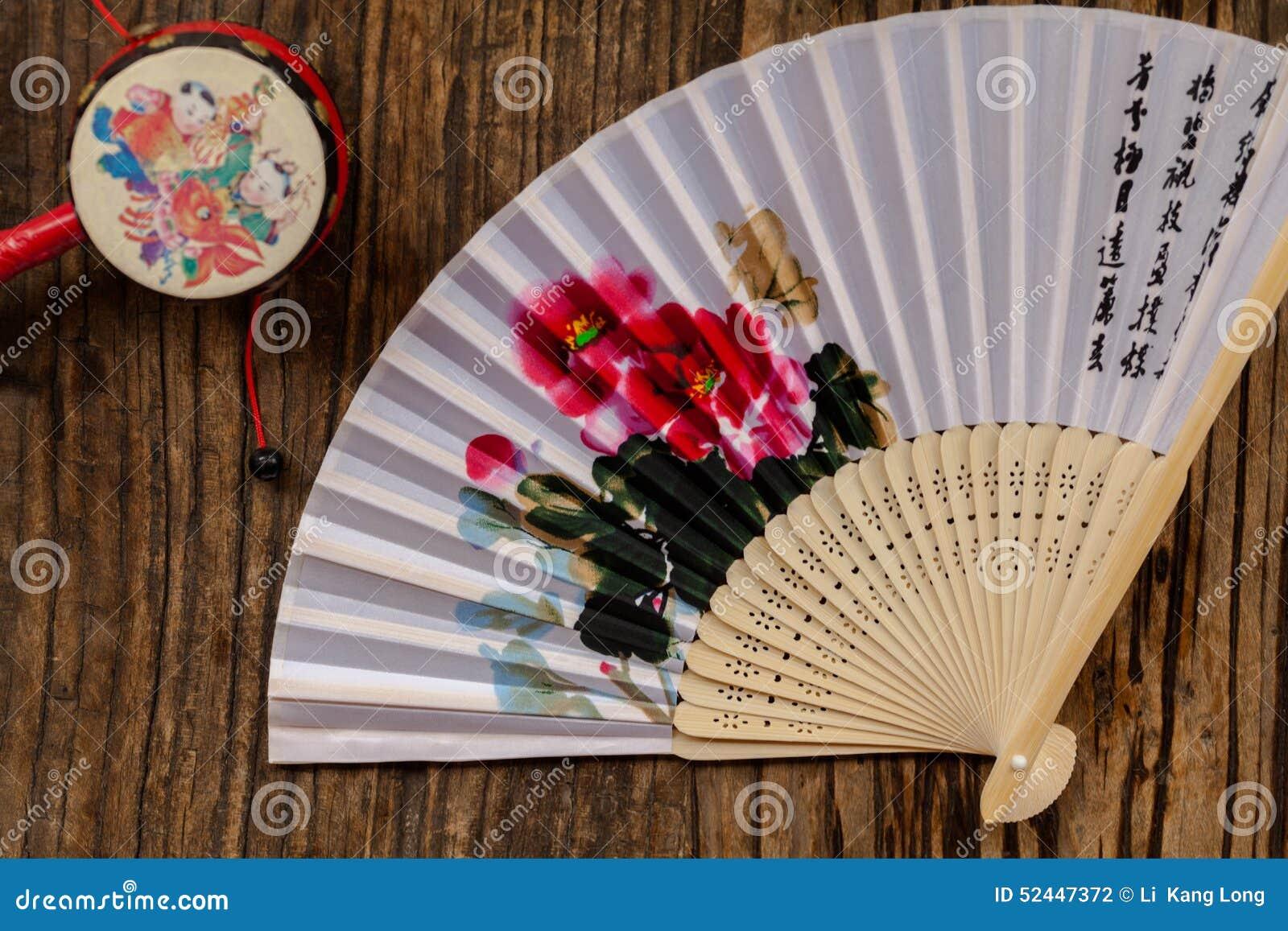 Oggetti tradizionali cinesi piegare e crepitio for Oggetti tradizionali cinesi