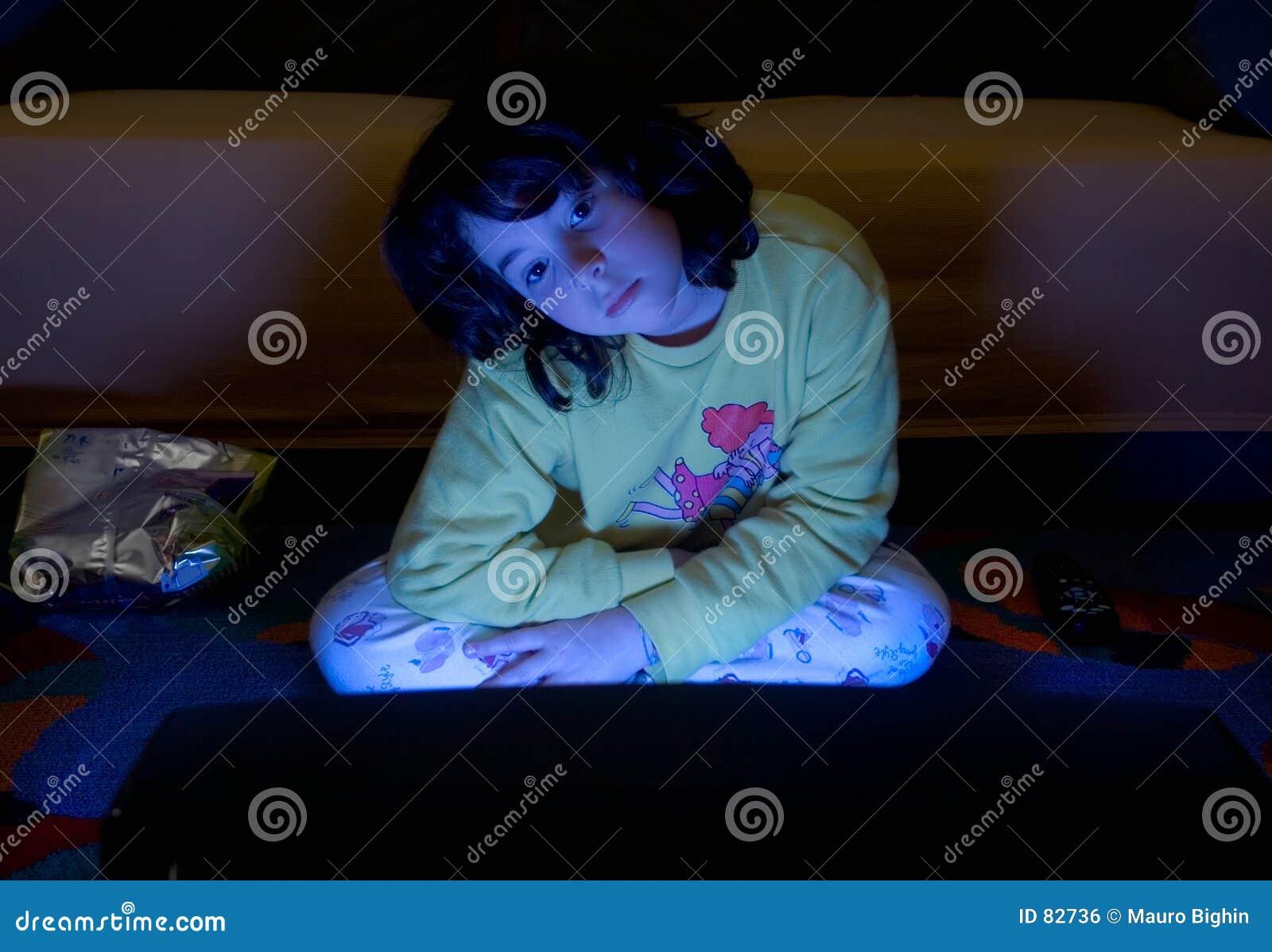 Oglądanie telewizji dziecka
