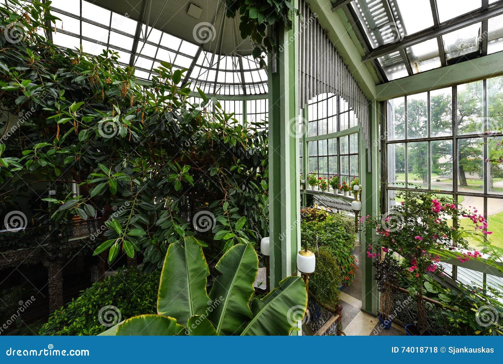 Ogród botaniczny, szklarnia, Kretinga, Lithuania