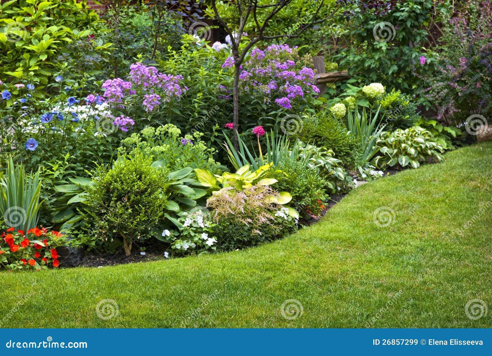 Ogrod I Kwiaty Obraz Stock Obraz Zlozonej Z Park Kwiaty 26857299