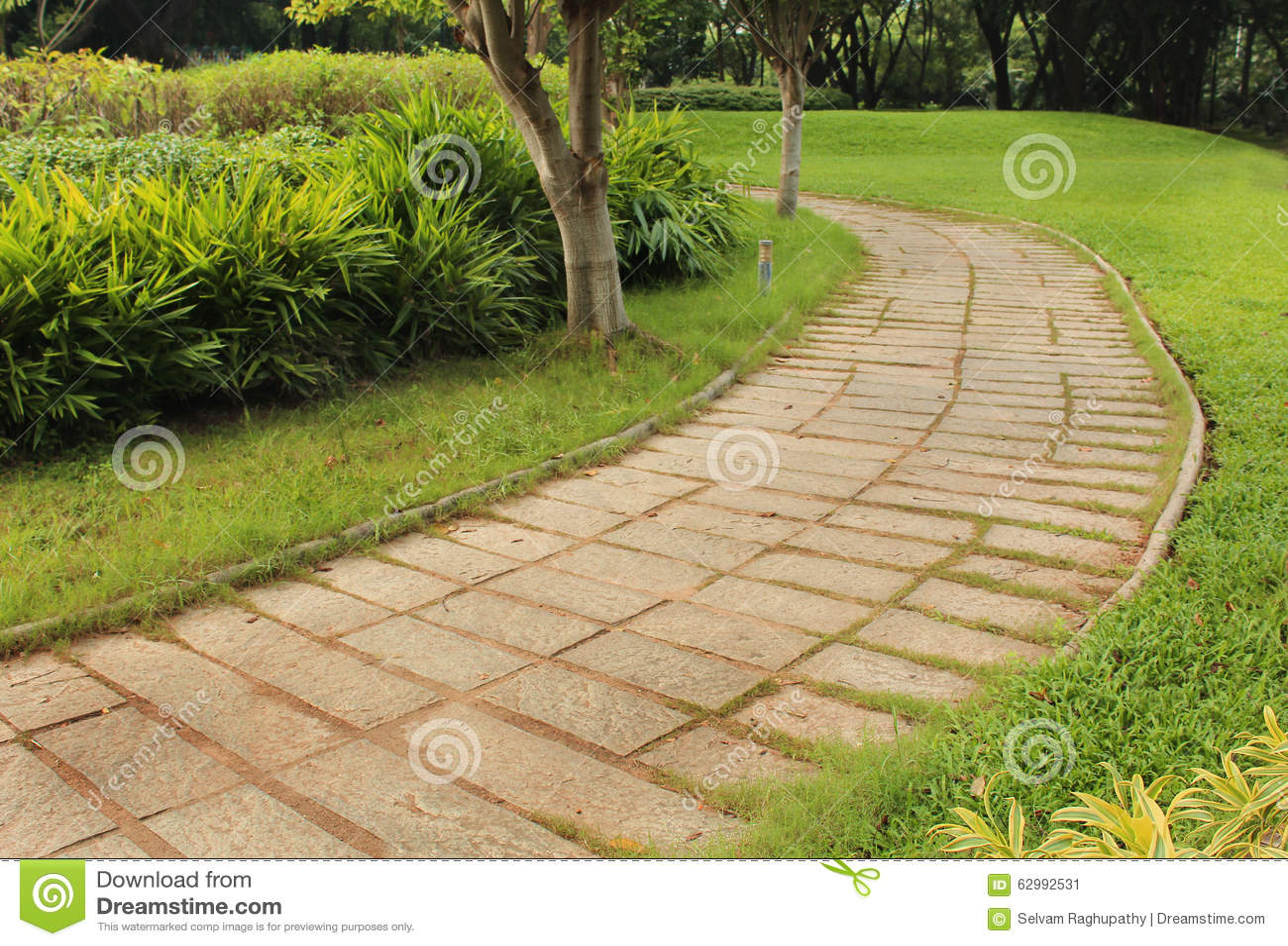 Ogrodowa Kamienna ścieżka