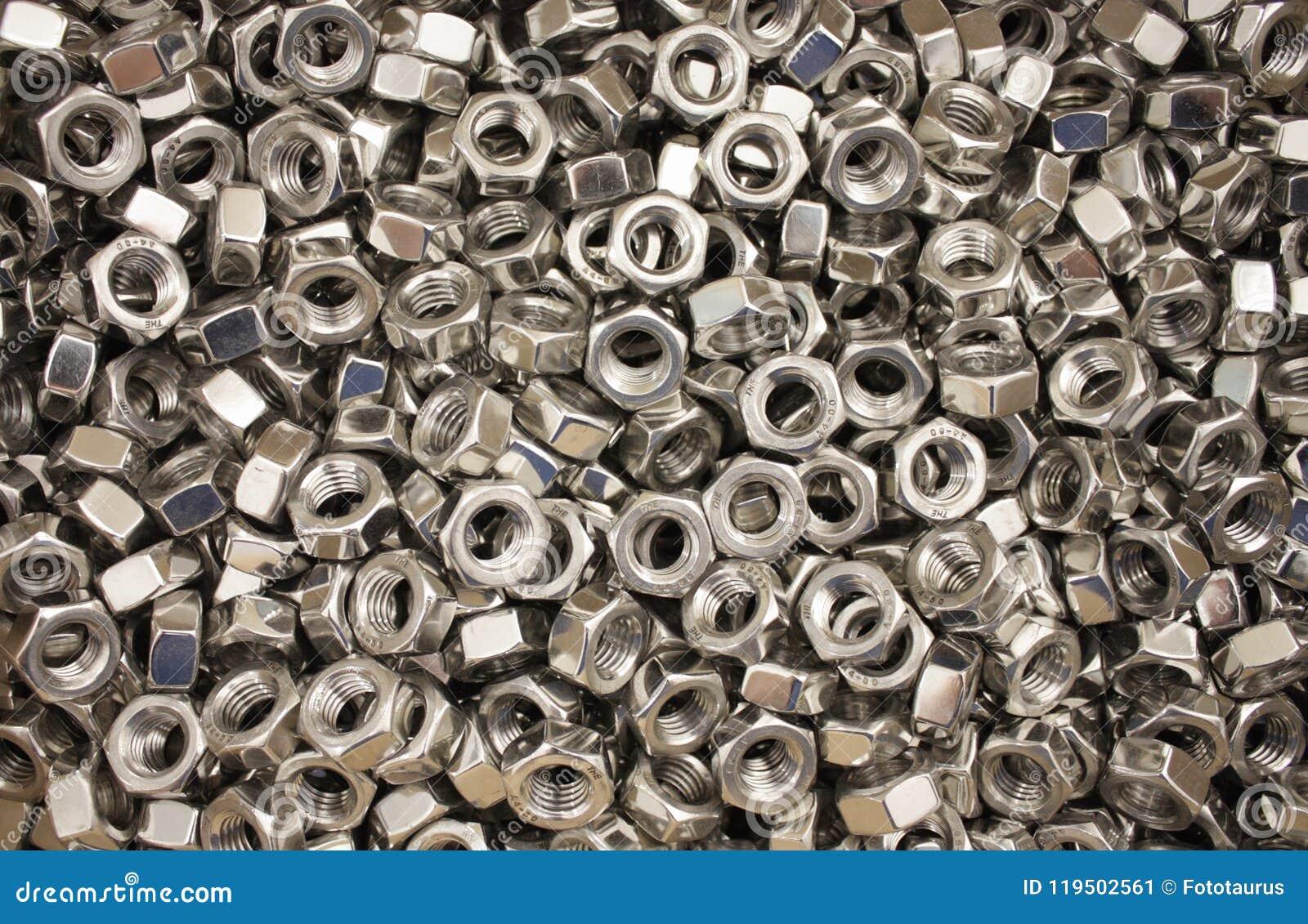 Ogromny stos metal dokrętki