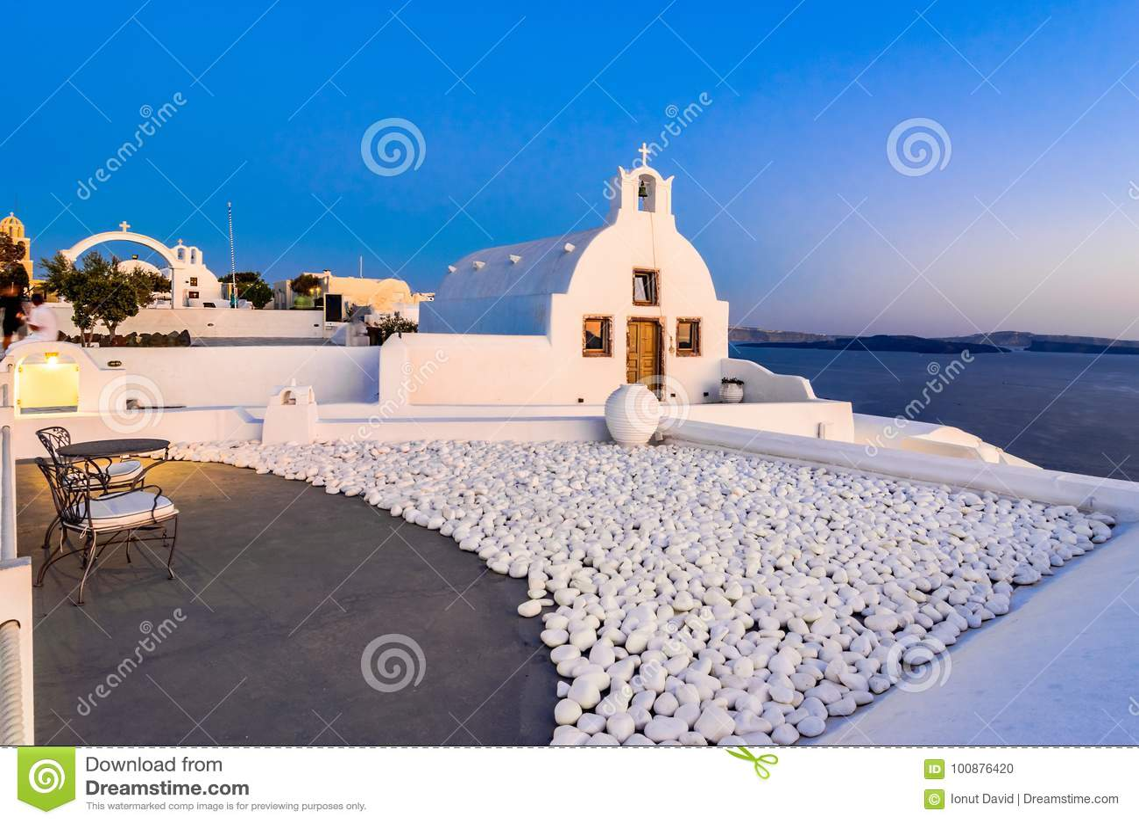Oia stad, Santorini-eiland, Griekenland bij zonsondergang Traditioneel en FA