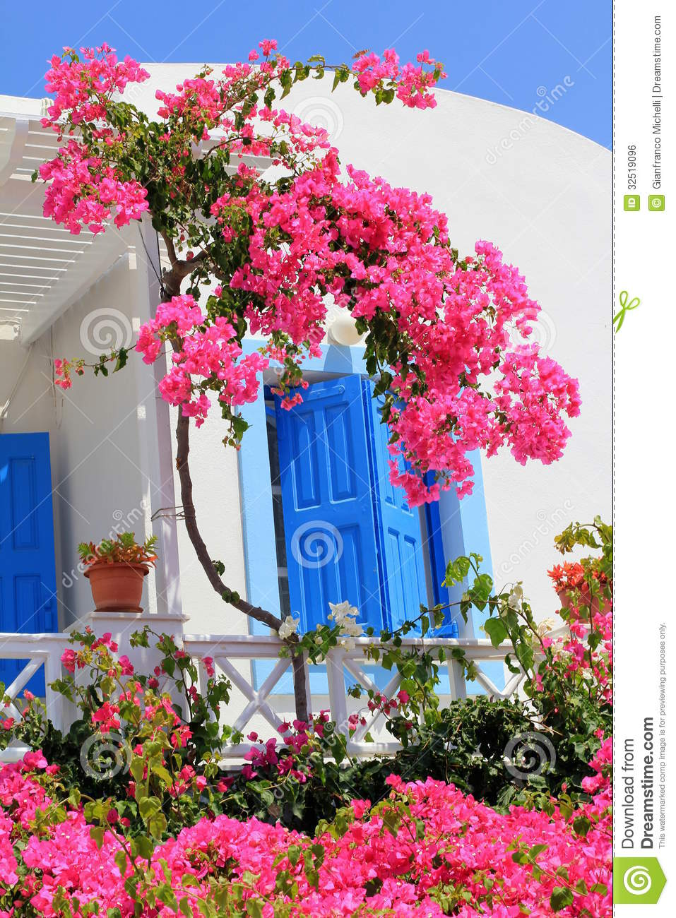 Details Amenagements exterieurs 60 as well Plan Orgon Maison Style Bastide Sh2529 798 moreover French Eclectic also Maison Provencale in addition Royalty Free Stock Image Oia Typical House Santorini Island Detail White Colorful Flowers Blue Doors Windows Same Blue As Sky Image32519096. on provence house plan