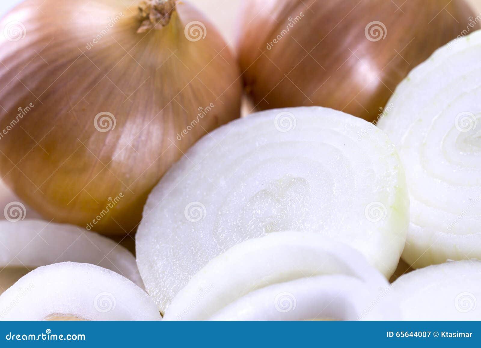 Oignon coupé en tranches