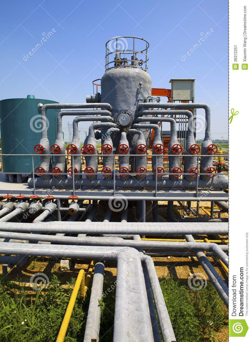 Oil And Gas Processing Plant Stock Image - Image: 36372251