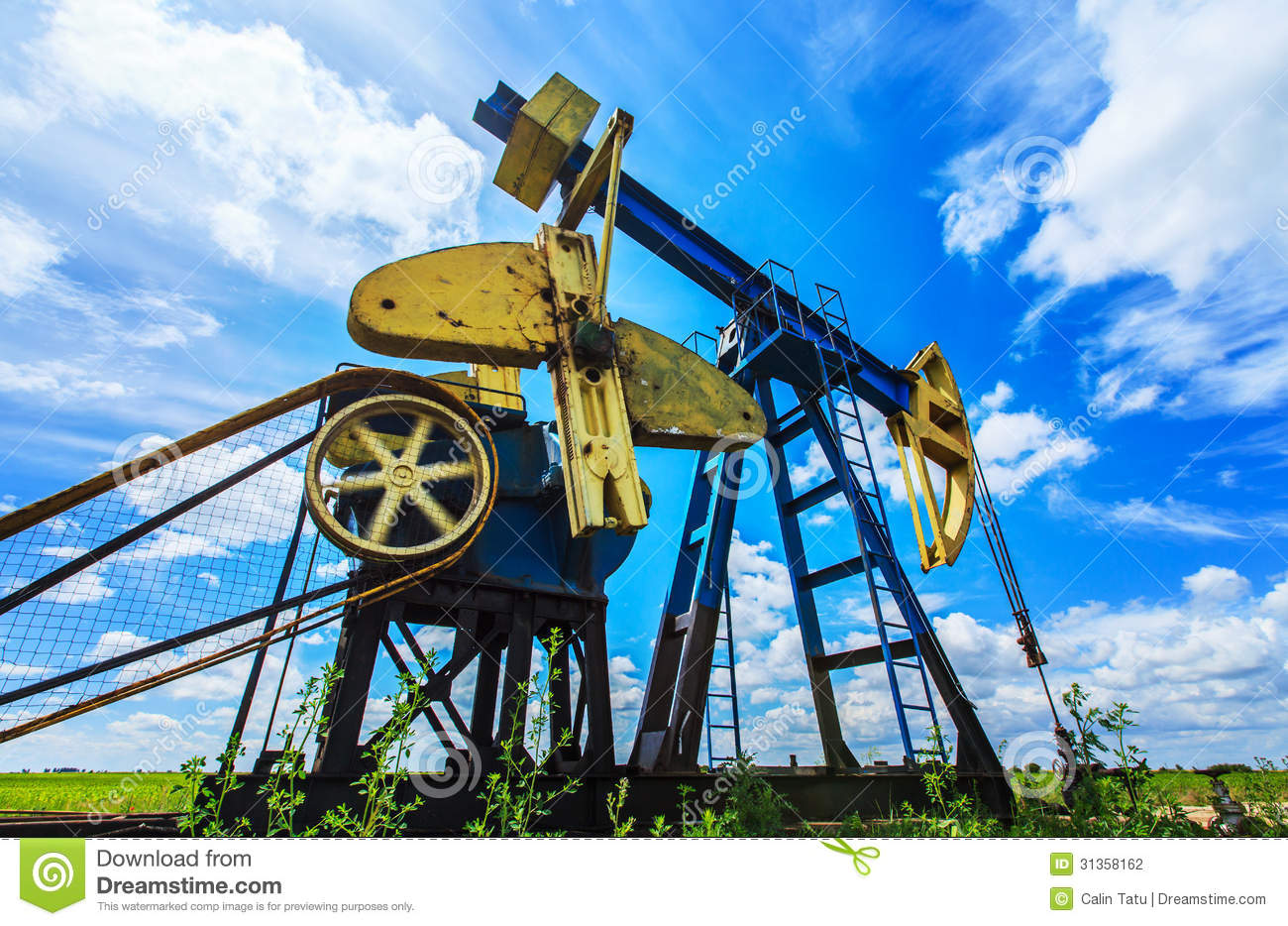 oil  gas pump operating stock photo image  pollution
