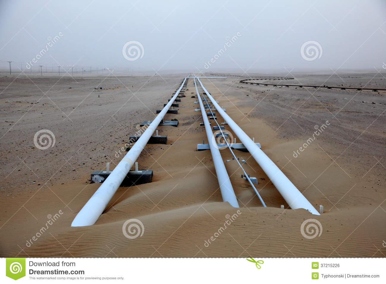 Oil Pipeline In Qatar Royalty Free Stock Image - Image: 37215226