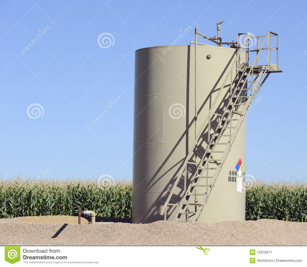 Oil Storage Tank In Maize Field Stock Image Image 15878211