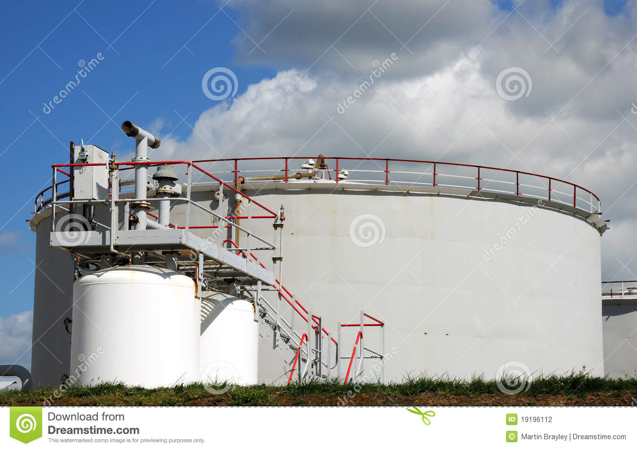 Starting a Mini Private Oil Refinery – Sample Business Plan Template