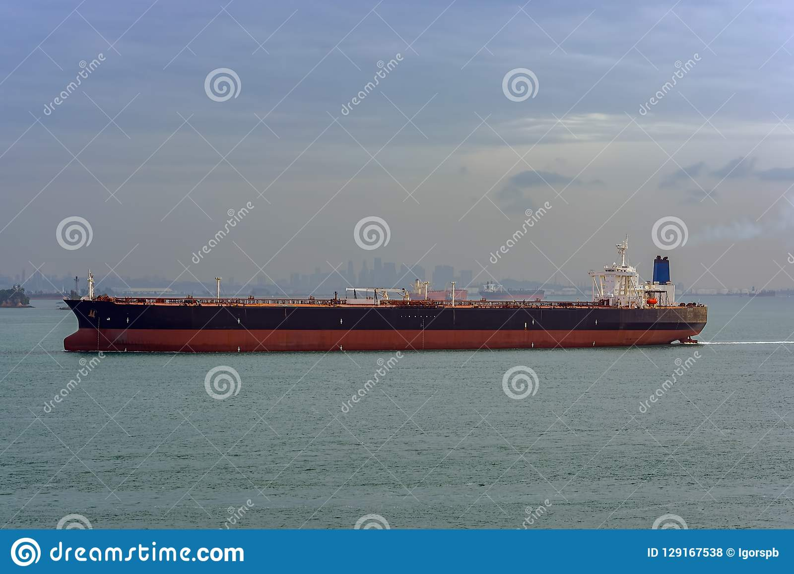 Oil Supertanker In Singapore Strait Stock Photo - Image of