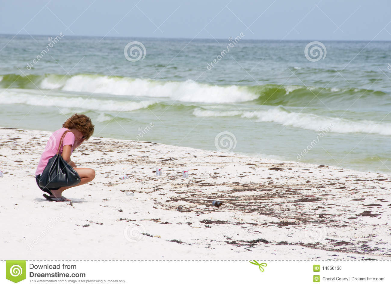 Download Oil Washes Ashore In Pensacola Beach Editorial Image - Image of mexico, water: 14860130