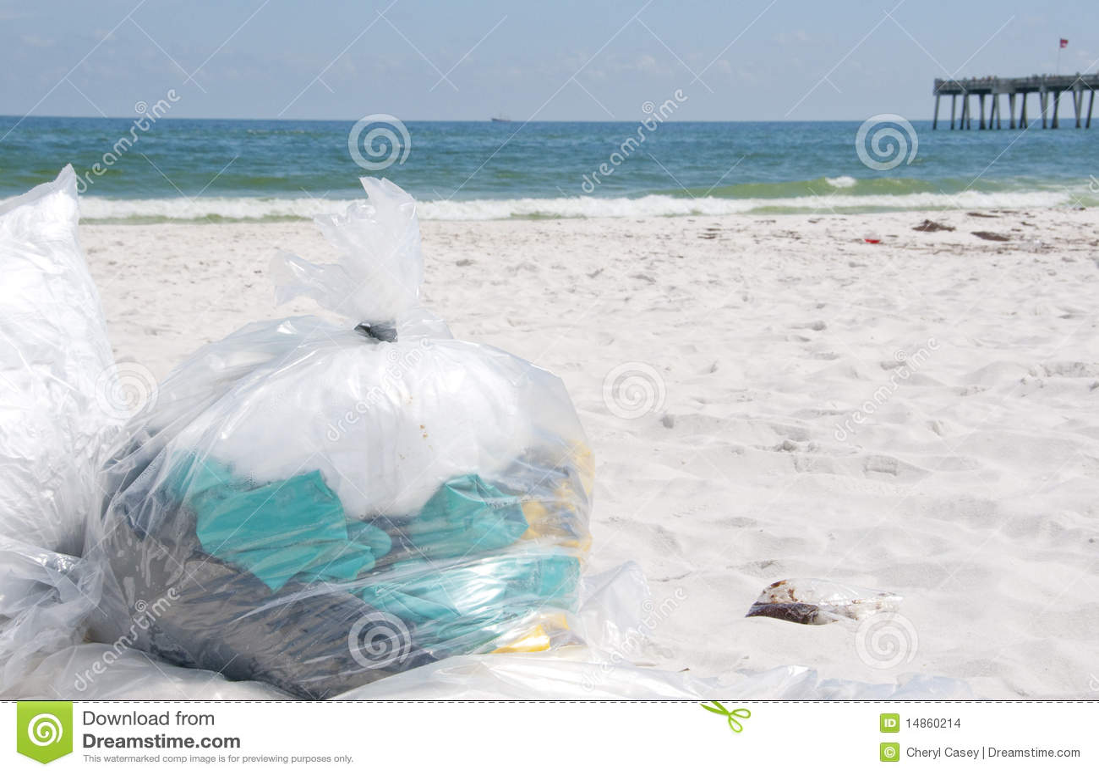 Oil washes ashore in Pensacola Beach