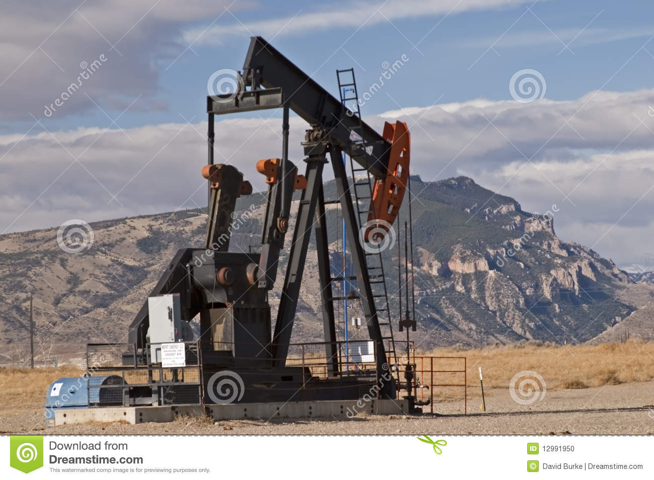 Oil natural gas well mountains