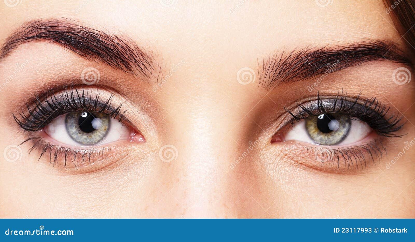 Ojos Hermosos De Los Womans Fotos De Archivo